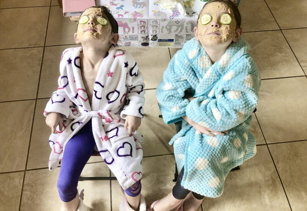 Free activities to do with children - spa day