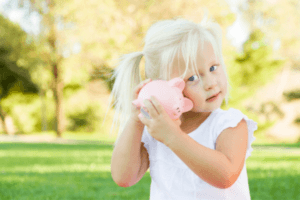 6 Techniques to Start Young Kids Learning About Money